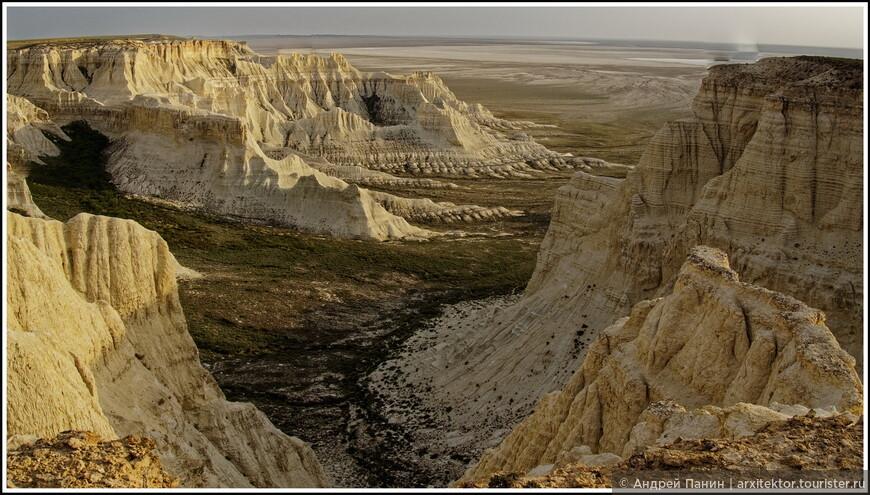 У большинства скал нет названия.