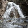 Водопад Кантара в горах Кипра на экскурсии в Троодос с частным индивидуальным русскоязычным гидом