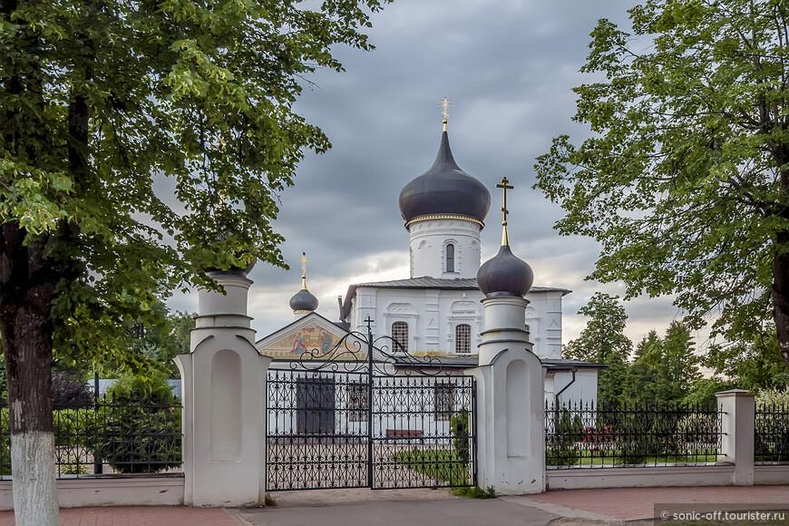 Церковь Святого Великомученика Георгия Победоносца (XV в.). Временем основания церкви Георгия Победоносца называют 1410 год.