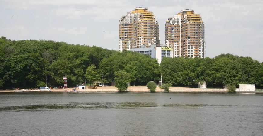 Пляжи Химкинского водохранилища