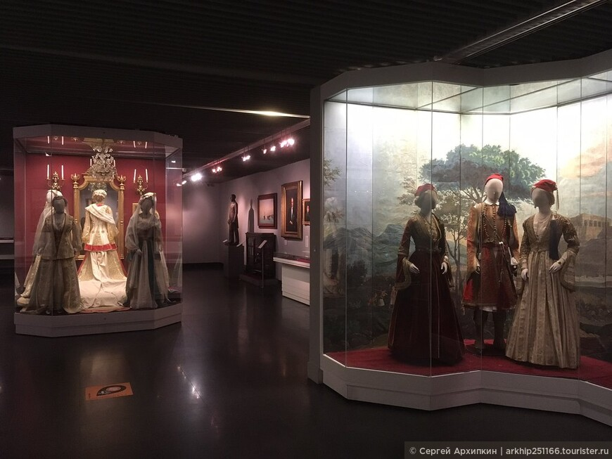 В музее Бенаки огромное количество интереснейших вещей.