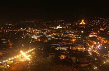 Ночной Тбилиси с крепости Нарикала