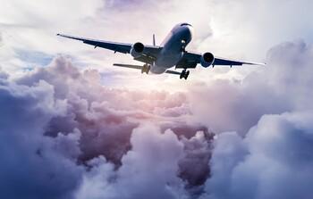 ФСБ получит право отменять международные авиарейсы
