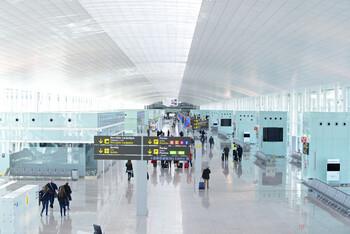 В аэропорту Барселоны в выходные ожидается транспортный коллапс