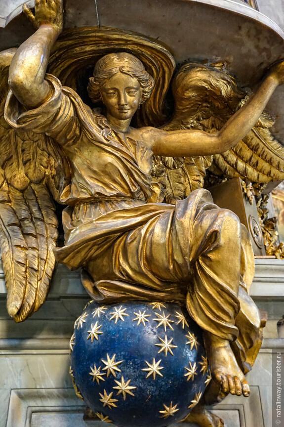 Ангел в церкви Сан - Марчелло - аль - Корсо