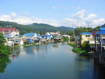 Дачи у реки Дагомыс, лиц. CC BY-SA 3.0
