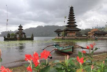 Турпоток из РФ в Индонезию за полгода вырос