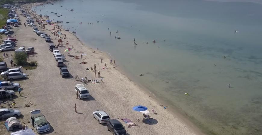 Пляж в Выдрино