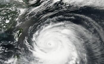 Синоптики рассказали о приближающихся к Японии и Тайваню тайфунах