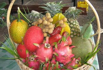 Туристы из РФ рассказали, что покупают в супермаркетах за границей