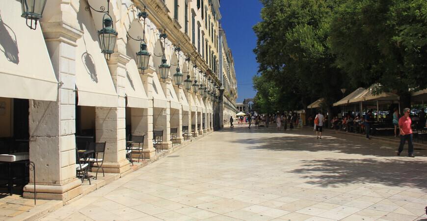 Улица Листон в Керкире (Корфу)