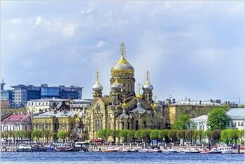 Иностранный турпоток в Петербург за полгода вырос