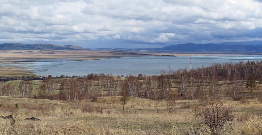 Черное озеро в Хакасии