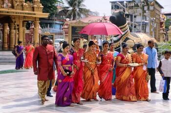 Власти Индии призвали посетить 15 местных достопримечательностей до 2022 года