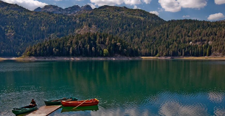 Черное озеро в Черногории (Црно-Езеро)