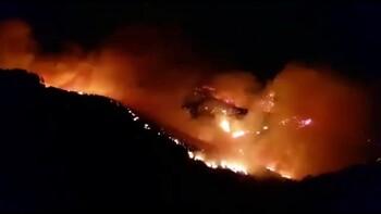 На Канарах из-за пожаров эвакуированы более 8 000 человек