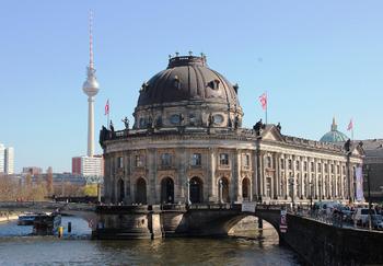 В Берлине запретят высадку туристов на Музейном острове