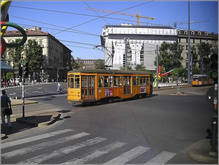Совет – Милан, Транспорт