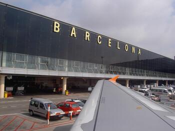 В аэропорту Барселоны вновь ожидаются сбои в работе