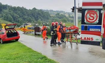 В Польше молния попала в группу туристов: 4 погибших и более 100 раненых