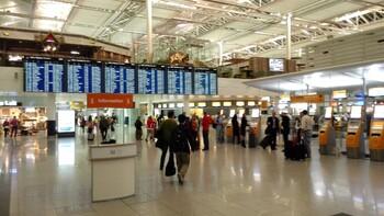Работа аэропорта Мюнхена прервана из-за нарушителя в чистой зоне