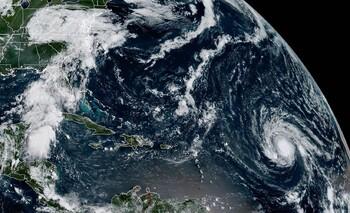 Мощный тропический шторм движется к берегам Доминиканы