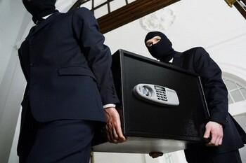 В Риме из номера отеля украли сейф с паспортами и деньгами туристов