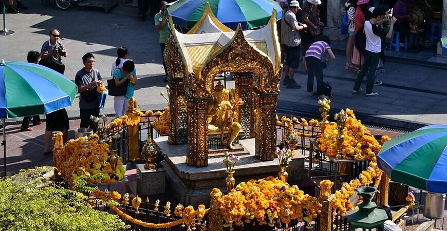 Алтарь Эраван в Бангкоке