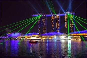 Туротрасль Сингапура выигрывает от беспорядков в Гонконге