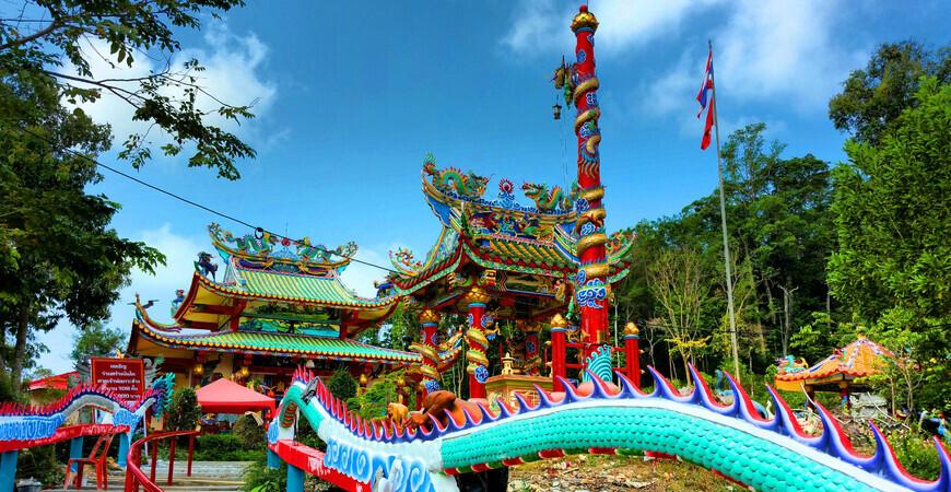 Китайский храм Чао По на Ко Чанге