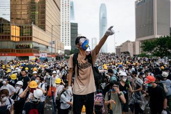 Туристов призывают к осторожности в Гонконге из-за очередных беспорядков