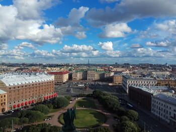 Граждане 53 стран смогут въехать в Петербург по электронной визе