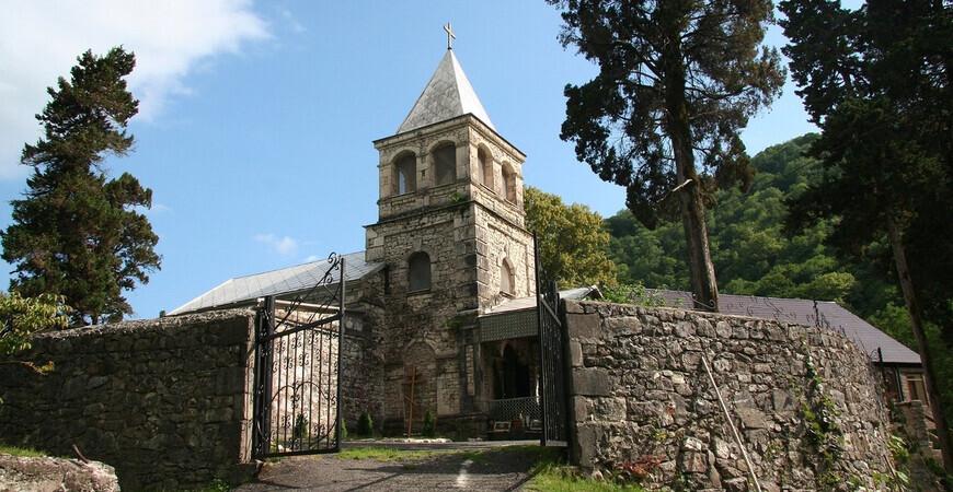 Команский (Каманский) монастырь