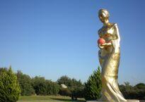 Приз фестиваля - статуя Венеры
