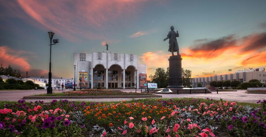 Драмтеатр Курска