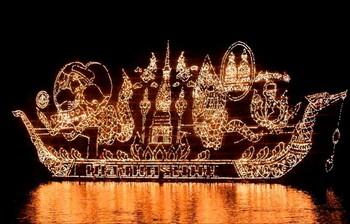 В Таиланде пройдёт грандиозный фестиваль светящихся лодок