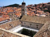 Францисканский монастырь и его средневековая аптека в Дубровнике