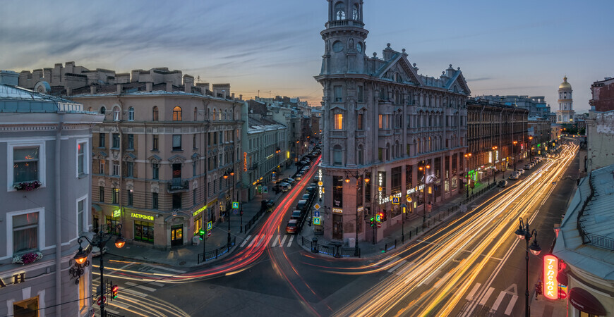 Площадь Пяти углов в Санкт-Петербурге