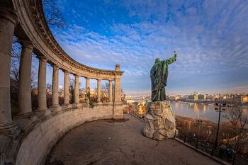 Памятник святому Геллерту