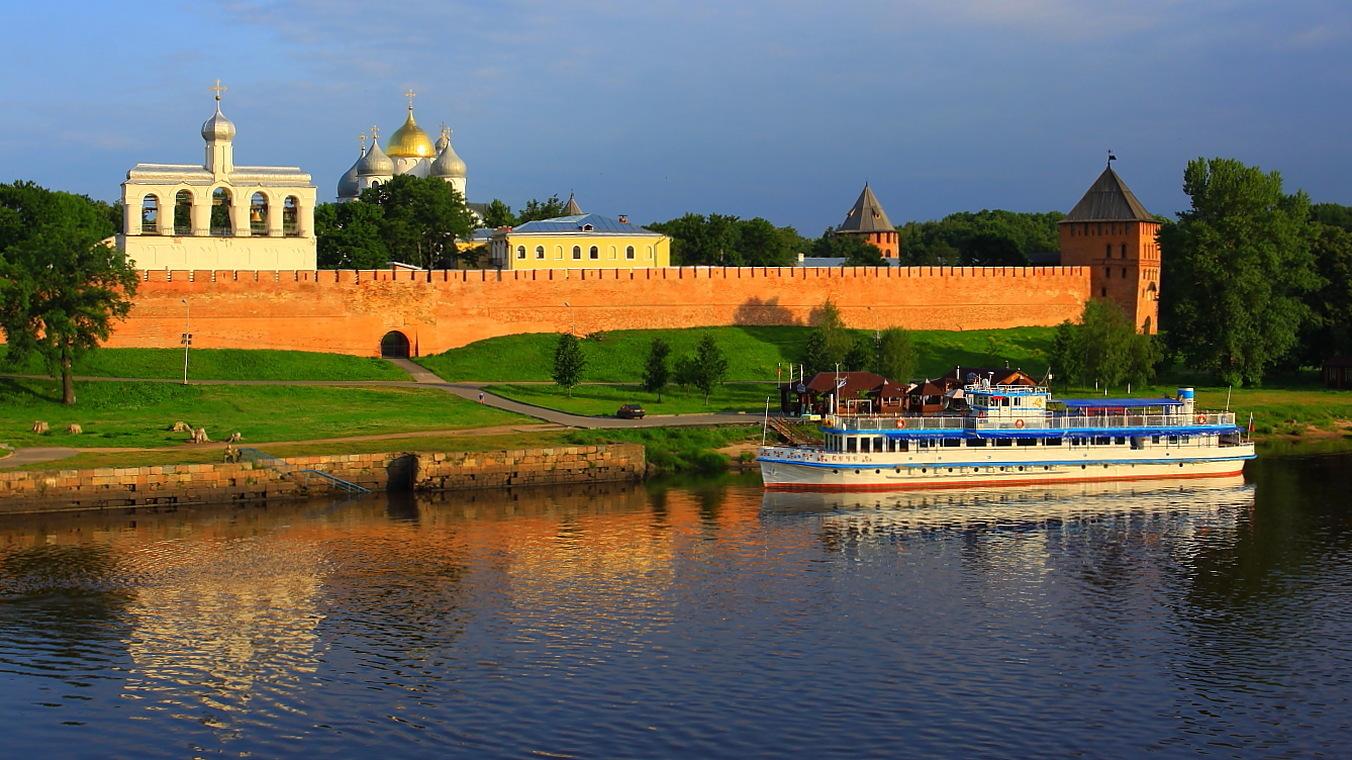 Старинный город россии великий новгород красный
