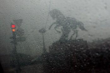 К Петербургу движется мощный ураган «Мортимер»