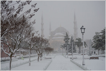 Туроператор запустит чартеры в Стамбул из восьми городов РФ