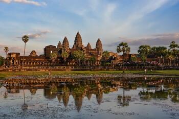 Посещаемость парка Ангкор в Камбодже упала на 12%