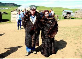 Не совсем монголы, вернее, совсем не монголы, но пусть останутся в альбоме:)