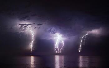 На пляже Гоа турист погиб от удара молнии