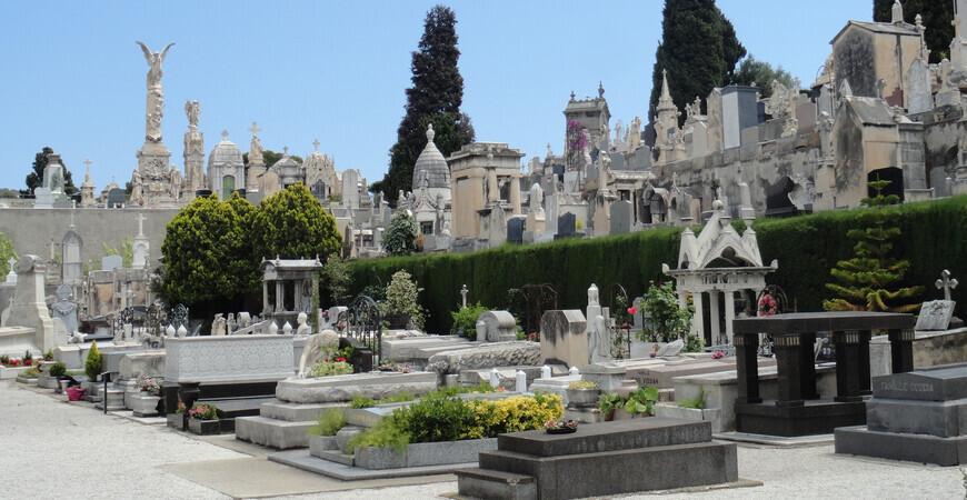 Замковое кладбище Исраелит