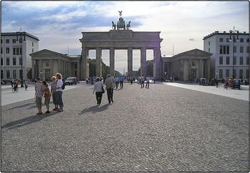 Туробъекты Берлина хотят дополнительно защитить от терактов
