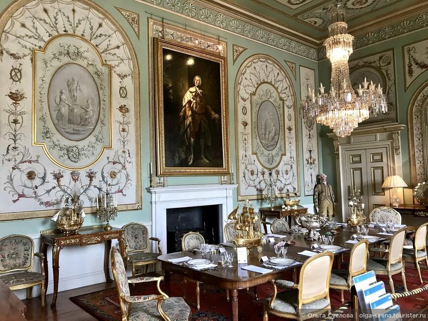 Великолепная столовая замка Инверари, наполненная произведениями искусства