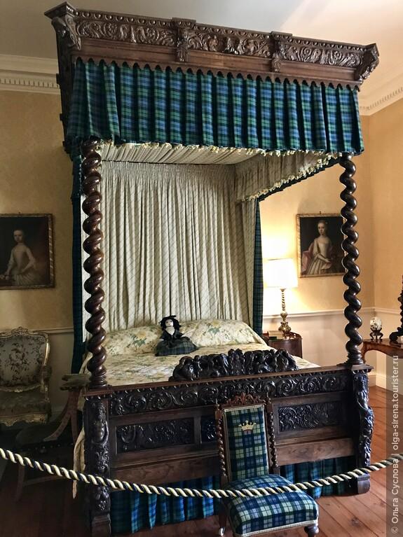 Знаменитая спальня, где обитает призрак