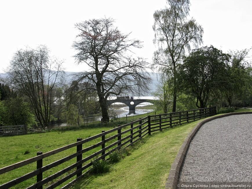 Ландшафтный парк окружает замок Инверари